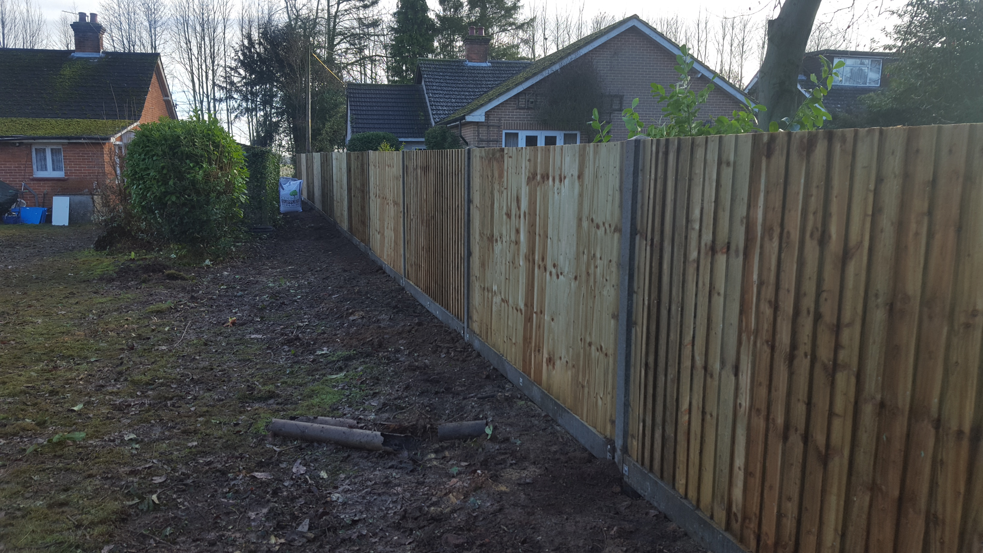 Garden fencing basingstoke archives quality fencing and gates 20161222110815 20161222110815 baanklon Image collections