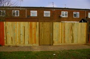 New_fence_gilbert2011_020
