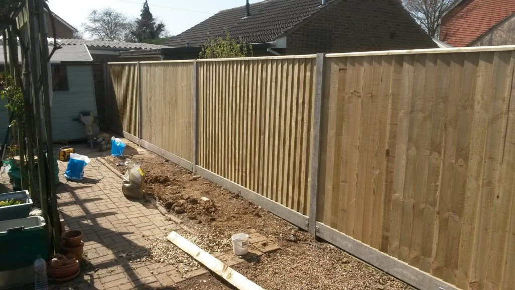 TOP OF THE RANGE CLOSEBOARD.. | Quality Fencing and Gates